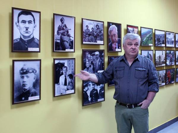 Виктор Викторов