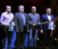 Андрей Губанов - второй справа